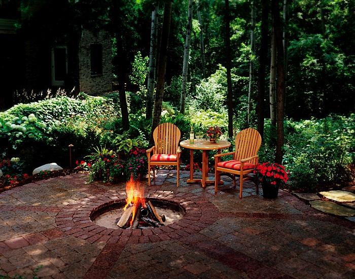 Sunken Fire Pit In A Secluded Shady Patio Artistic Fire