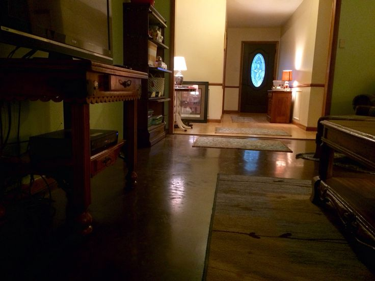 living room floor sleeked with concria stained with