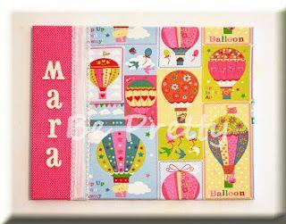 Tela forrada com tecidos, fitas e letras, para a minha princesa mais nova! Frame lined with fabrics, lace and letters, to my youngest princess!