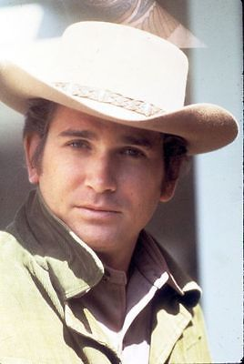 Michael-Landon-RARE-PHOTO-as-Little-Joe-Cartwright
