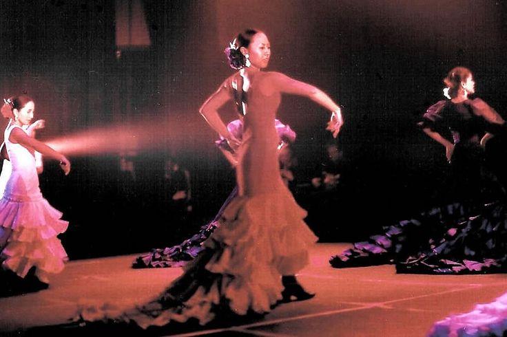 育児中もスペイン通いで技を鍛錬。フラメンコ舞踏家ロッハー葵さん【後編】