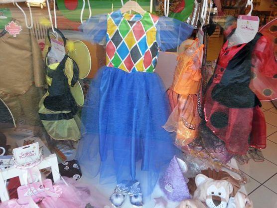 dalla Commedia dell'Arte ecco Colombina, tutta in tulle azzurro e fatta a mano!
