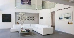 HOW TO DECORATE YOUR HOME WITH AN ART WORK WITHOUT BREAKING THE BANK? http://www.victor-elars-french-artist.com/blog/2015/03/31/how-to-decorate-your-home-with-an-art-work-without-breaking-the-bank/