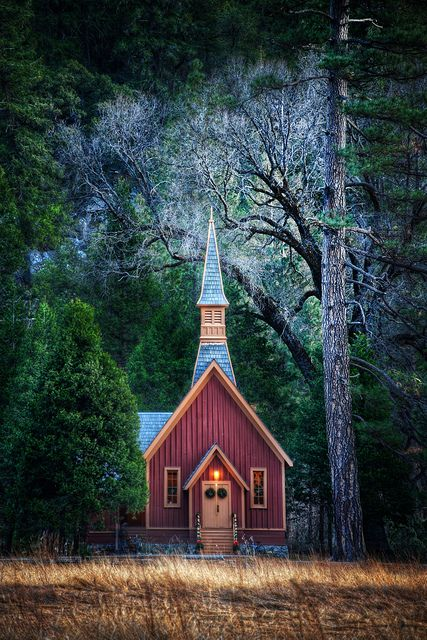 .: Beautiful Church, Favorite Places, Yosemite National, Churches, God Houses,  Church Building, Little Church, Old Country Church, Photo