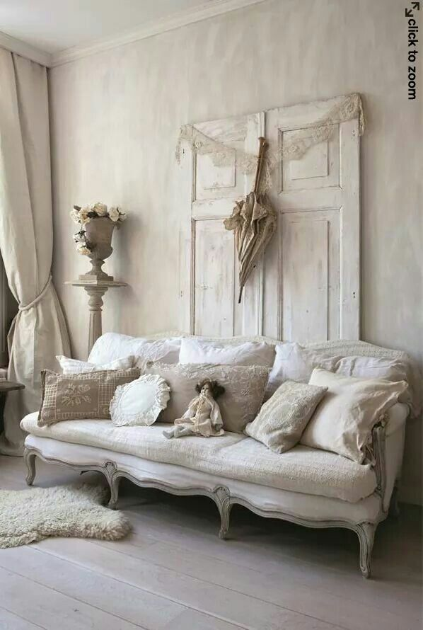 best 25 shabby chic sofa ideas on pinterest shabby chic. Black Bedroom Furniture Sets. Home Design Ideas