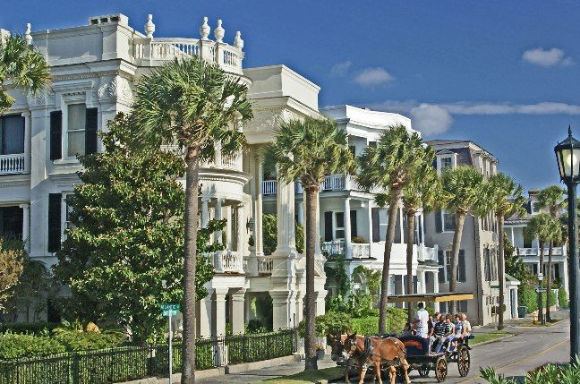 Beautiful picture of the battery in Charleston, SC.  One of my all time favorite cities.