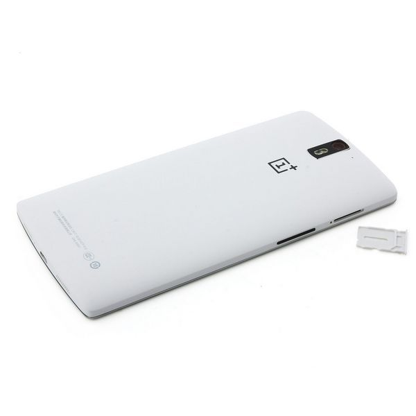 Acquista nuovi ONEPLUS ONE Qualcomm 16G Snapdragon 801 2.5Ghz Quad Core Android 4.4 5.5 pollici FHD Gorilla Glass 3 Smartphone a buon prezzo su AndroidSky.it. http://www.androidsky.it/goods.php?id=37