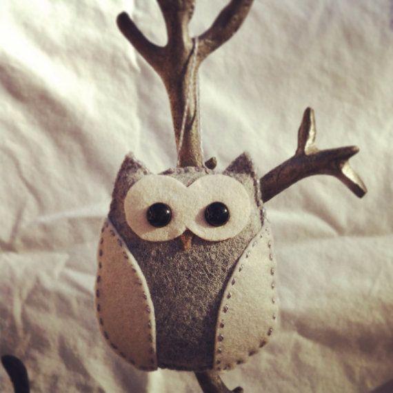 Hey, I found this really awesome Etsy listing at https://www.etsy.com/ca/listing/169308567/wool-felt-owl-christmas-ornament-grey
