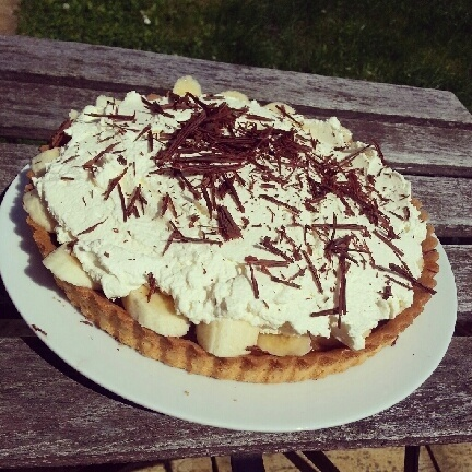 Banofee pie - recipe as per Jamie Oliver's 30 minute meals book.