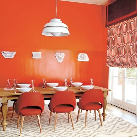 Bold Dining Room In This Striking Scheme Gloss Paint Combines With Matt Emulsion To Create
