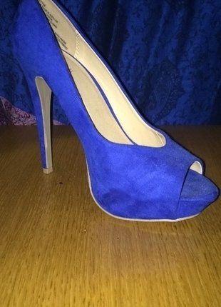 À vendre sur #vintedfrance ! http://www.vinted.fr/chaussures-femmes/escarpins-and-talons/26340688-escarpins-bleu-electrique-just-fab