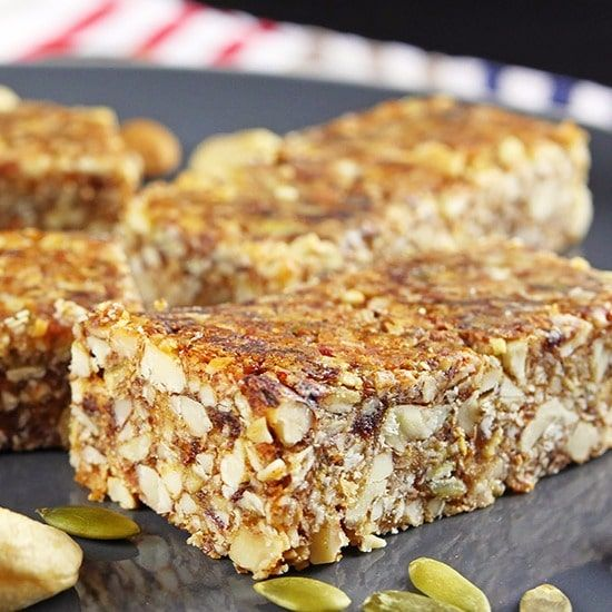 Deliciously Crunchy Paleo Breakfast Bars!