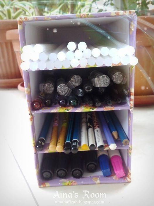 pen storage box