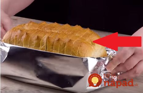 Výborný nápad, ak potrebujete niečo rýchle na večeru, alebo musíte bleskovo vykúzliť pohostenie pre nečakanú návštevu. Tento recept je omnoho rýchlejší ako klasické chlebíčky a aj omnoho chutnejší. Môžete naň použiť šunku, salámu, slaninku alebo
