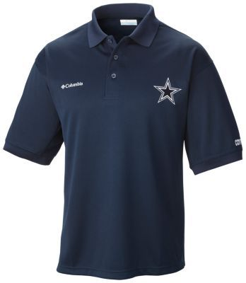 Show your Cowboys pride in a stylish fishing shirt built from a mid-weight pique fabric that wicks moisture and blocks UV rays. This performance fishing polo features radial sleeves to accommodate dynamic arm movement and rear shoulder vents to keep you cool and dry out on the water.