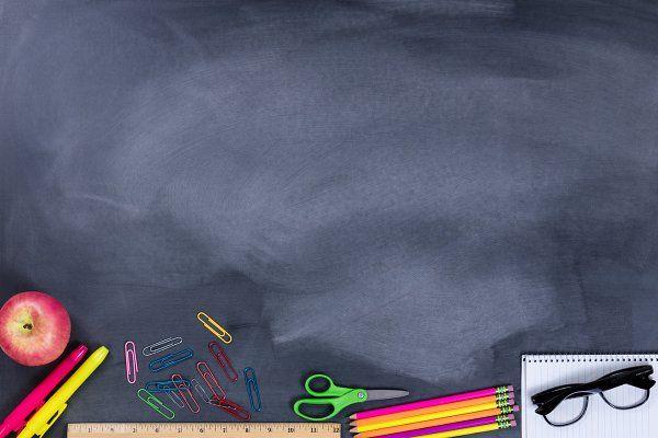 Student Stuff For School In 2020 Back To School Wallpaper Powerpoint Background Design School Murals