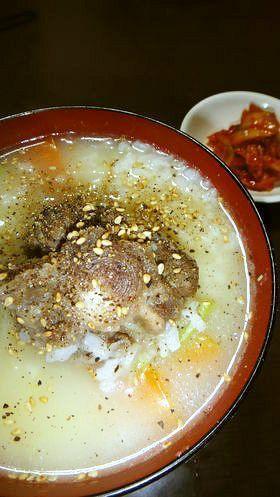 韓国美肌スープ@牛テールのコムタンクッパ