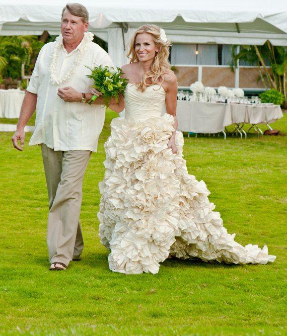 love this dress | Someday | Pinterest | Sunday rose, Wedding dress ...