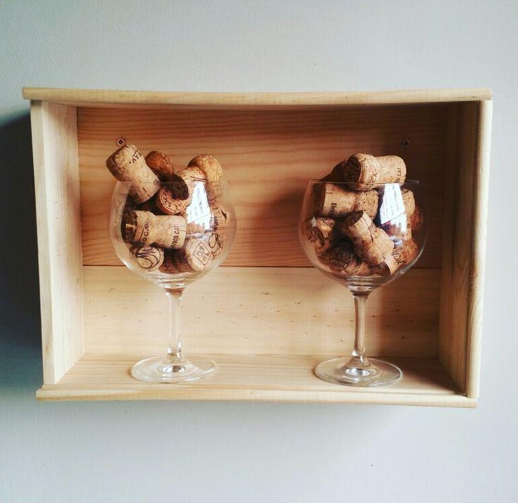 #sabores #saborestapas #interior #design #decoration  #wine #vino #cork #wood