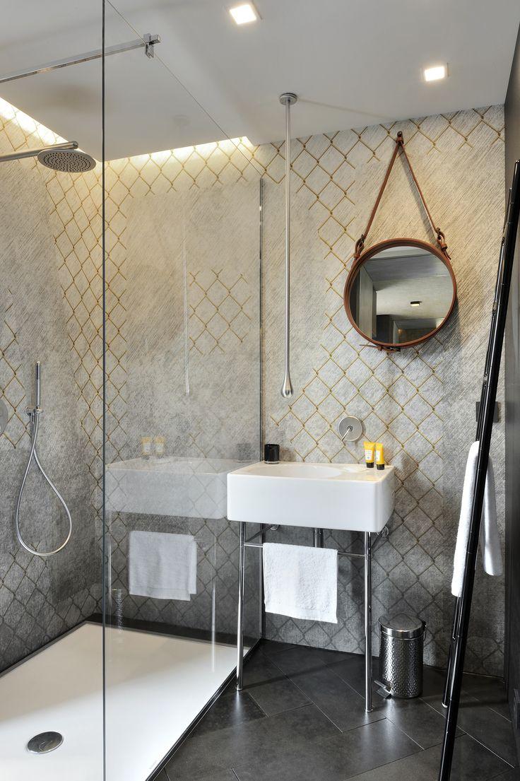 #Scaletta design Elisa Giovannoni #Tubesradiatori #Radiator #Interiordesign #Design - project Le Sens Art container by CREAD Evolution.