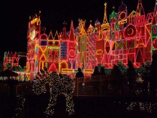 Christmas lighting...yeah, I think I'll do this this year.