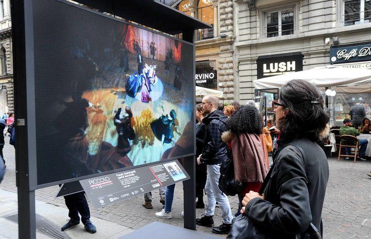 Teatro, gigantografie in strada e videoproiezioni: a Milano la festa per i 70 anni del Piccolo