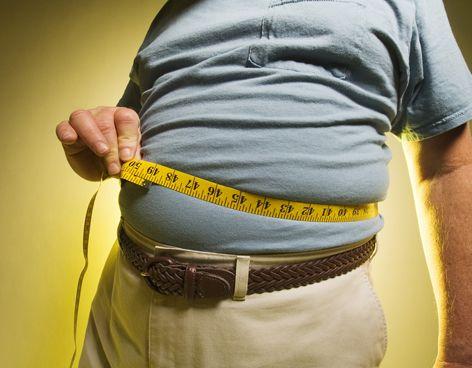 Investigadores del Instituto de Investigación Primaria Jordi Gol desarrollaron un estudio que indicó que las personas con #sobrepeso u #obesidad provocan las mismas consecuencias, en el hígado, que el alcohol.