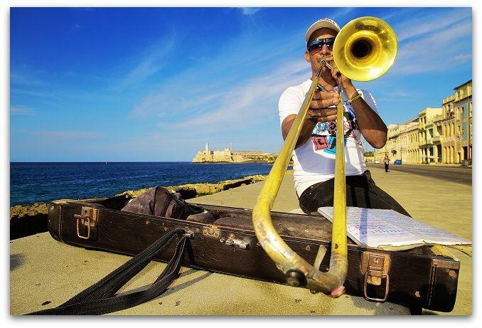 El Malecón, Espacio de y para la música