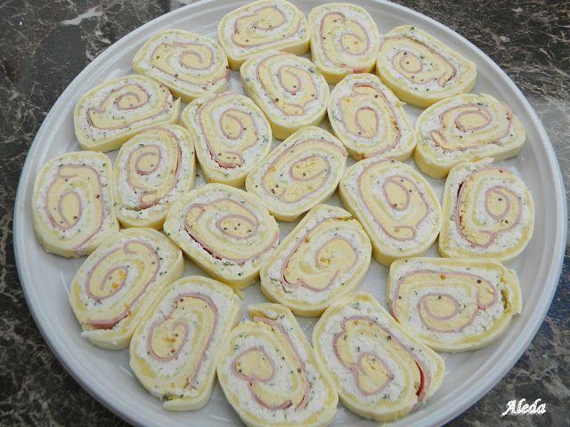 Hozzávalók:12 db.Hochland szeletelt sajt,10 dkg reszelt sajt(Trapista),10 dkg sajtkrém,10 dkg vaj,9 szelet gépsonka,5 tojás,1 kiskanál mustár,só,...