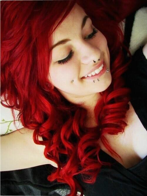 Non vedo l'ora di avere i capelli rossi, non so voi ma io gli adoro! ♥