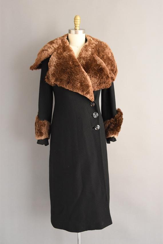 c7925e8e50 1930s coat - vintage 30s coat - Rare heavy black wool art deco sheared  beaver fur Holiday Winter coat - Size Medium in 2019 | SIB Vintage  Collection | Coat, ...