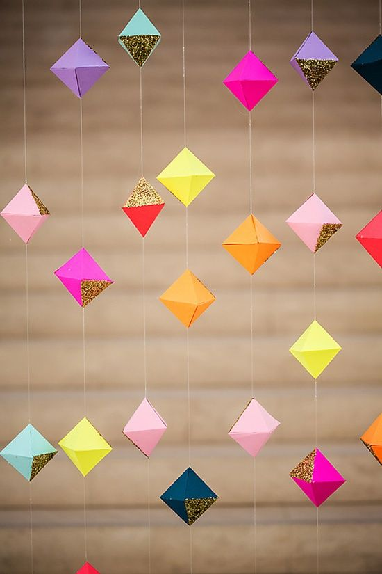 hanging or strung; 3-D geo-boxes