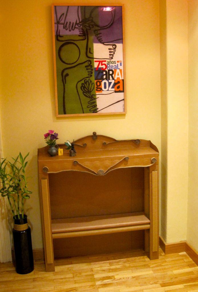 10 images about muebles de cart n la cartoner a on - Muebles de carton ...