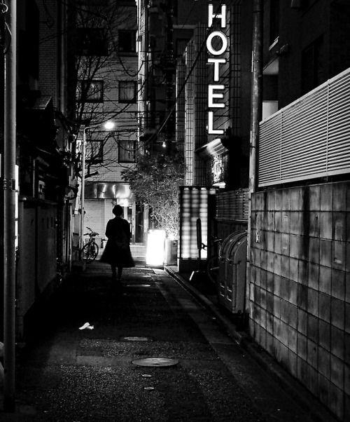 Motographer in Japan • Hawkeye39 | Street Photography | Film noir