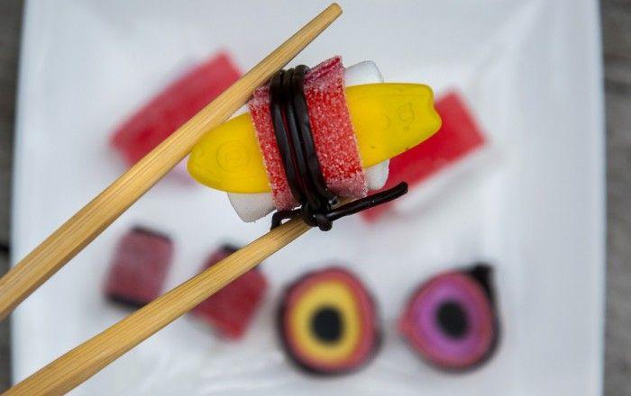 Sushi maken van snoep, oftewel Snoeshi!