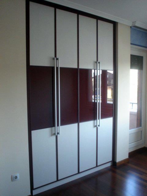 Armario puertas batientes  Spazio's agaterados