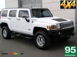 Hummer H3 ALPHA 5,3 V8 AUTOMAT 4x4 Rok výroby: 2012Výkon: 224 Kw (307 koní) Počet osob:Třída: All road Spotřeba: 18 l/100 kmPalivo: Benzín Výbava:El. Okna, Rádio, CD+MP3 přehrávač, AC, 6 airbagu, alu kola, kožené sedačky, vyhřivaná sedadla, Tempomat, plný pohon kol (4x4), Ethanol 85 nebo Naturál 95, Automatická převodovka