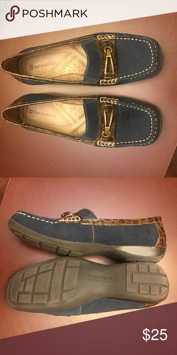 Ladies Naturalizer loafers EUC Ladies navy blue suede loafers with brown patent leather strap and gold decorative clasp. Super comfortable and cute. For dress or casual wear. Like new condition!! Naturalizer Shoes Flats & Loafers