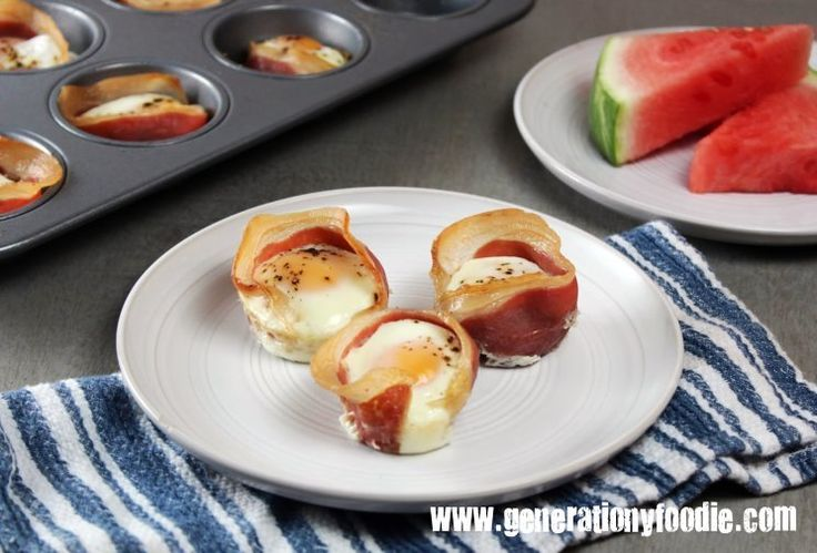 Prosciutto Egg Cups: A healthy paleo breakfast