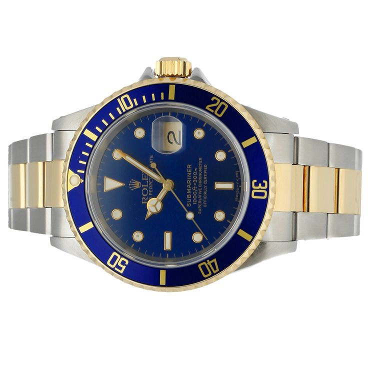 Pre-OwnedRolex Submariner (16613) self-winding automatic watch, features a 40mm stainless steel case with an 18k yellow gold bezel surrounding a blue dial