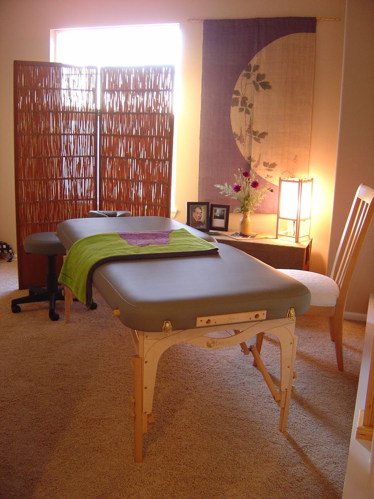 Reiki Healing. Very nice Reiki room!