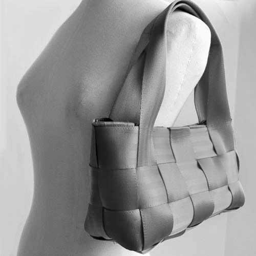 Seatbelt Handbag. Purse made out of seatbelts. I have a bunch of old safety patrol belts... hmmm