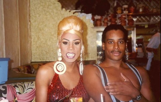 A Young Rupaul And The Late Willi Ninja, Avoiding A Nip -9737