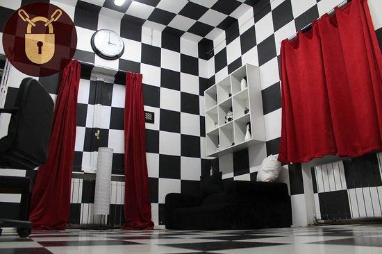Starting Escape Room Business? Save Money on Decor!