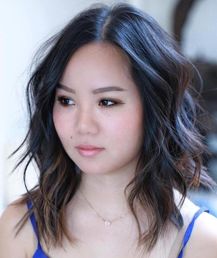 40 Stylish and Sassy Bobs for Round Faces   Round face haircuts, Haircuts for round face shape, Medium hair styles