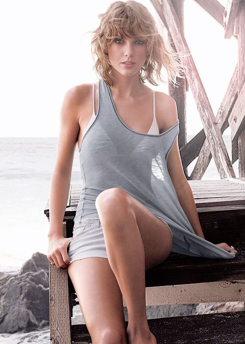 Taylor Swift's GQ Cover Photo Shoot