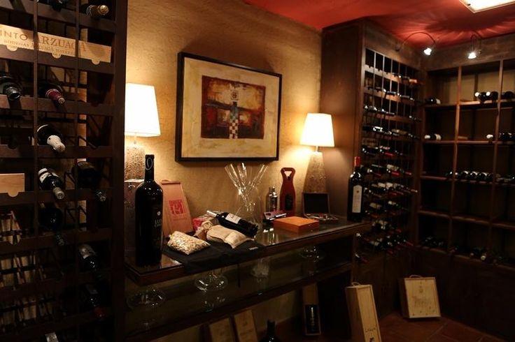 salón-vinoteca Bacus