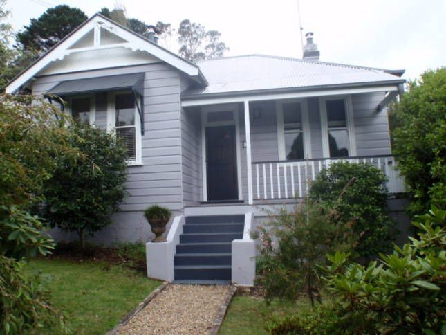 Crabapple Cottage .. Blue Mountains walking distance to Leura shops