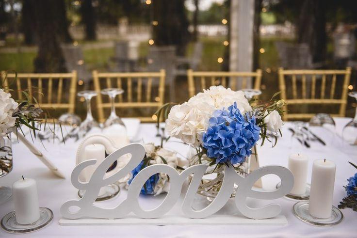 W ślubnych dodatkach w tym roku dominować będzie bardzo romantyczna i delikatna biżuteria. Czy przyszłe Panny Młode upatrzyły już sobie u nas jakieś modele? :)   http://www.abcslubu.pl/images/stories/ARTYKULY/organizacja-wesela/trendy_slubne_na_sezon_2017-7.jpg