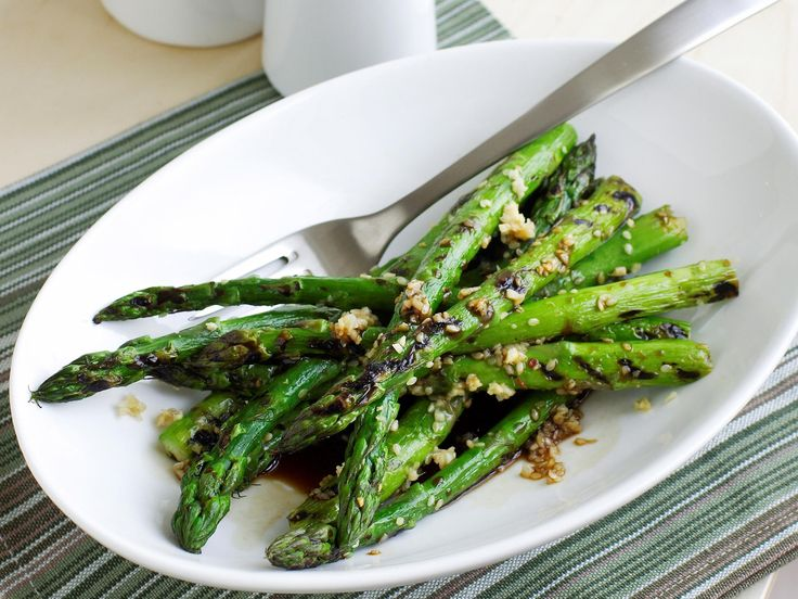 Grilled asparagus with sesame, ginger and soy, asparagus recipe, brought to you by Australian Table